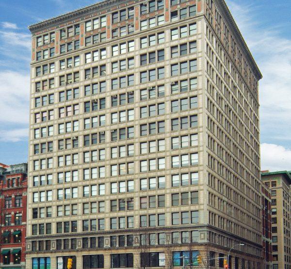 200 Park Avenue South, Everett Building Office Space
