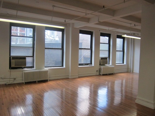 Brooklyn's Retrofitted Industrial Buildings: Alternative to Midtown South?