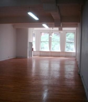 678 Broadway, Renovated Commercial Loft-13ft Ceilings.