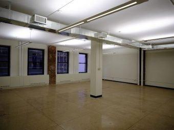 160 Broadway Efficient Open Plan Office-Central HVAC, Budget Space