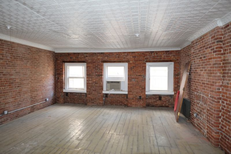 West 28th Street, Penthouse, Charming, Affordable