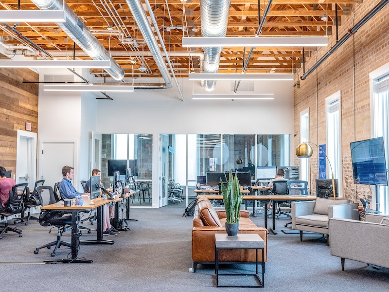 Coworking Vs Traditional Office Space – Which is Right for You?