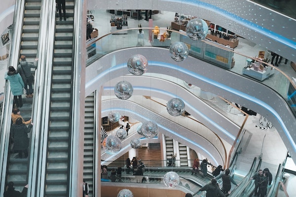 Could Office Tenants Save a Struggling Retail Sector?