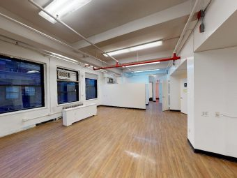 Bright Half Floor Loft Space, Skyline Views, Low Loss Factor