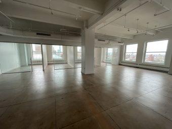 Fifth Avenue Prebuilt Office with Skyline Views